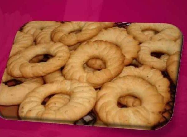 وصفة عمل كعك العيد بالحليب بطريقة سهلة وطعمه لذيذ