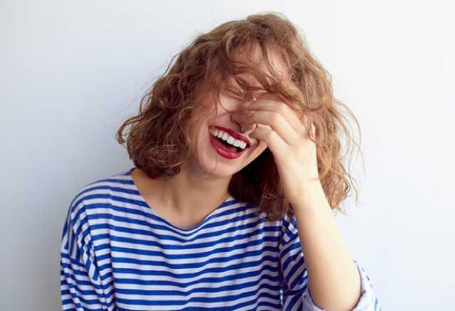 5 سلوكيات غريبة يحبها الرجال في النساء
