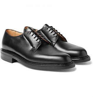 احذية للرجال باللون الاسود