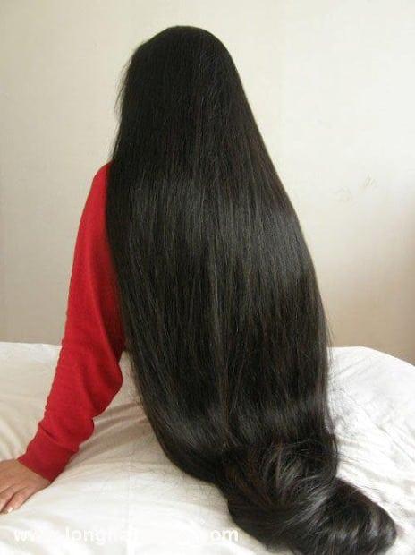 وصفة هندية لتطويل الشعر وتنعيمه