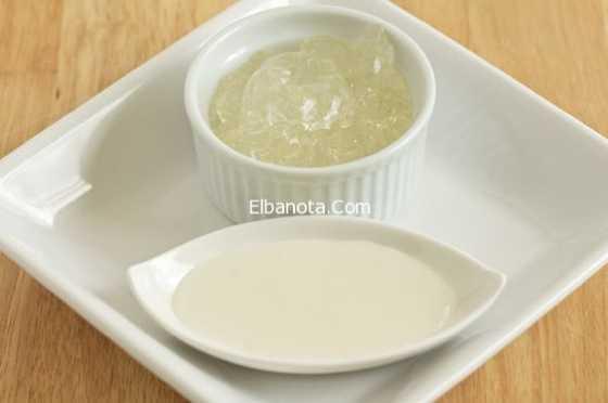 اصنعي بنفسك كريم من زيت جوز الهند وجل الألوفيرا لترطيب الجسم