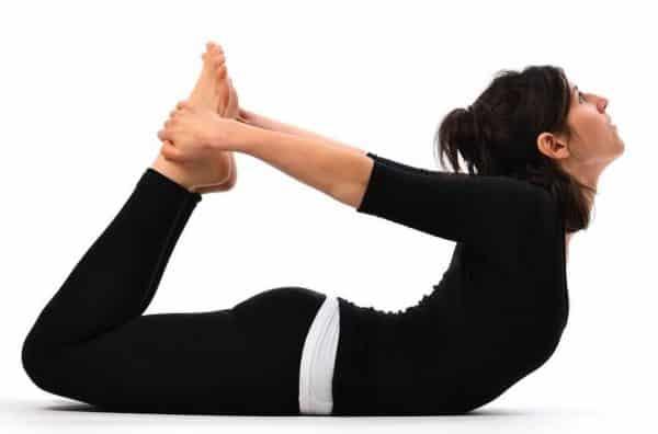 أفضل 5 وقفات اليوغا لزيادة التمثيل الغذائي والتنحيف