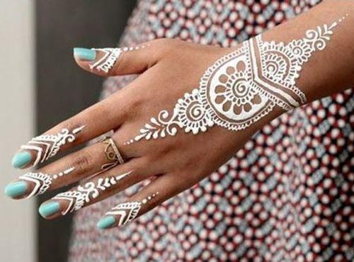 اجمل رسومات الحناء البيضاء والذهبية لعروس 2015