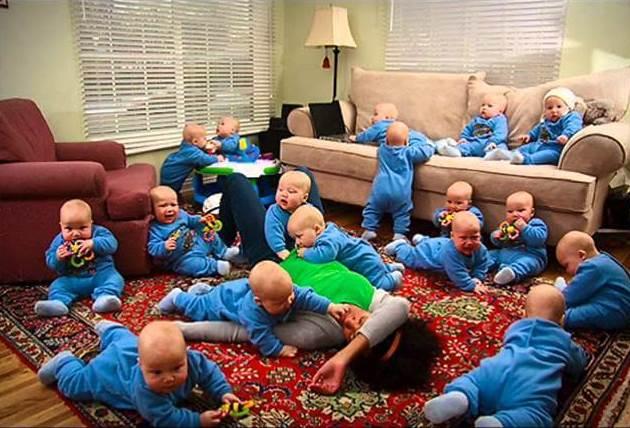 امرأة أمريكية تنجب 17 طفلا مرة واحدة