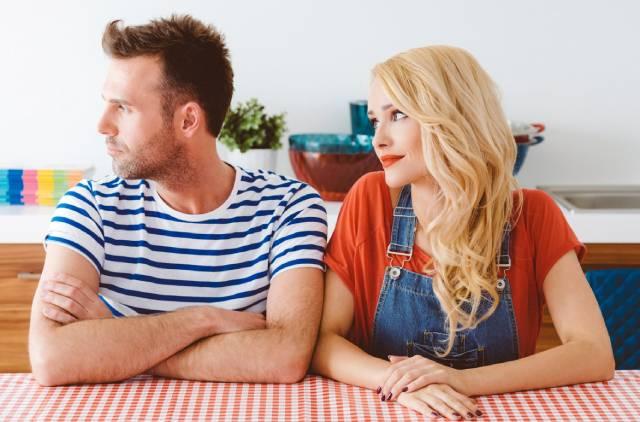 7 نصائح تجعل زوجك أقرب صديق لكِ