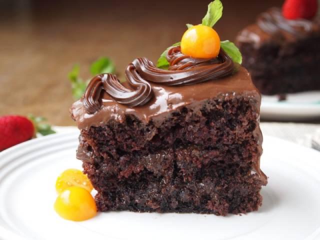تناول كيك الشوكولاتة فى وجبة الإفطار مفيد للعقل ورشاقة الجسم