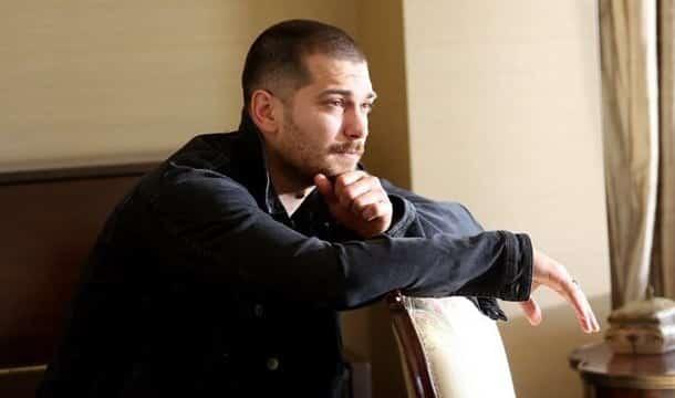 خبر حزين لعشاق الممثل التركي شاتاي اولسوي