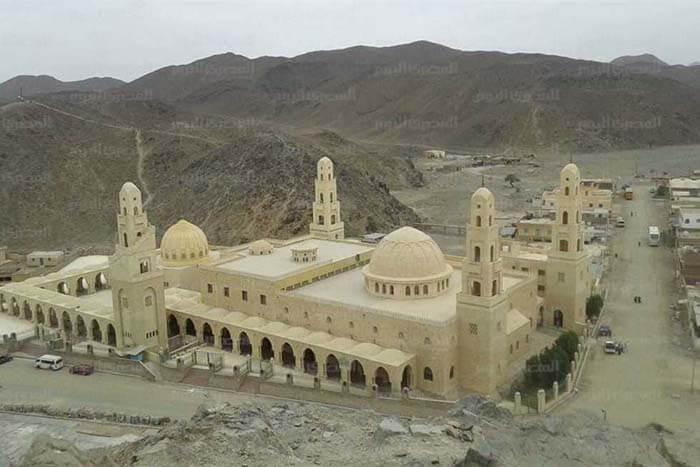 ضريح الشيخ أبو الحسن الشاذلي