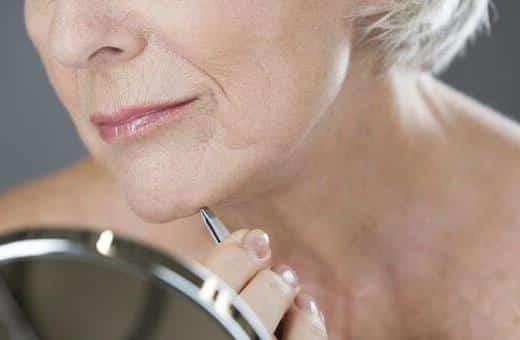 5 أسباب ظهور شعر في الذقن عند النساء