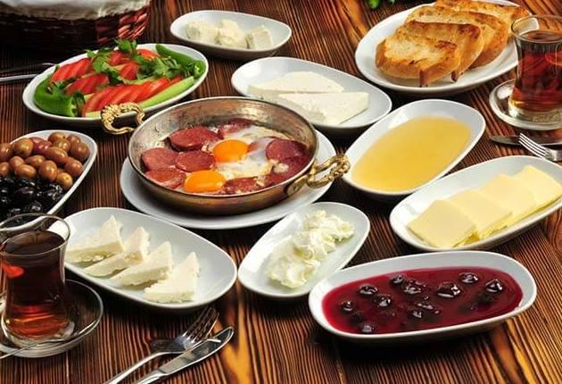 كيف تساعد وجبة الإفطار على إنقاص الوزن