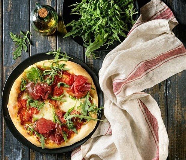 دراسة: فوط المطبخ القديمة تسبب التسمم الغذائي