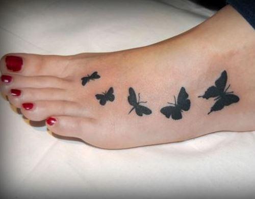 أفكار رائعة لتزيين قدميك بأجمل رسومات الوشم
