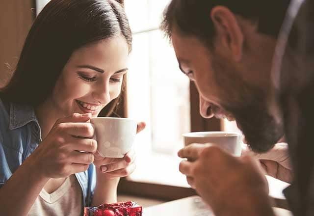 5 أشياء يعتبرها الرجال رومانسية ، إكسبي بيها حبيبك