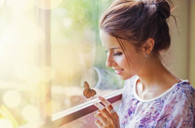 الحب عند النساء مرض أكثر من كونه عاطفة