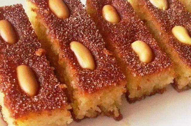 طريقة عمل هريسة السميد والزبادي - حلوى سورية لذيذة